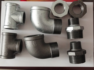 [CN] Gal/black malleable iron pipe fitting